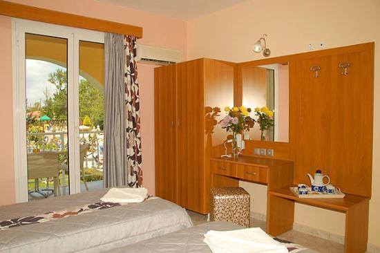 Hotel Macedonia: studio for 2-3