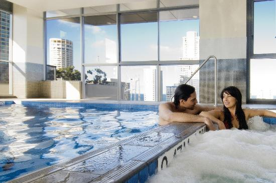 Solaire Apartments: Fabulous Pool & Spa located on the 13th floor