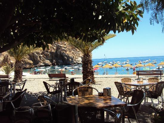 Hotel Embarcadero de Calahonda: zona de terraza donde comemos