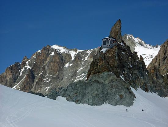 Hotel du Glacier: Bertolhütte oberhalb Arolla.
