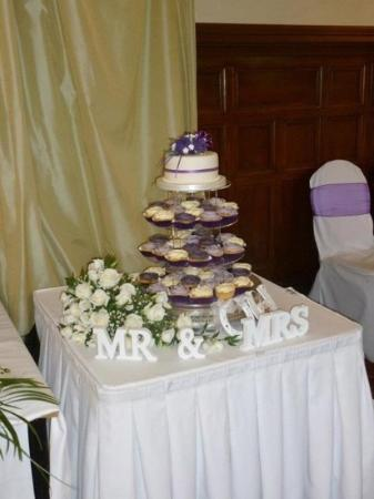 Mercure Burton Upon Trent Newton Park: the staff decorated the room beautifully