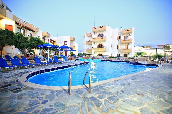 Paradise Apartments (Chania/Kato Daratso, Crete ...