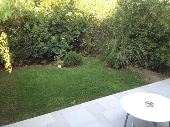 Terrasse Priv E Avec Petit Jardin Photo De Hotel Sezz