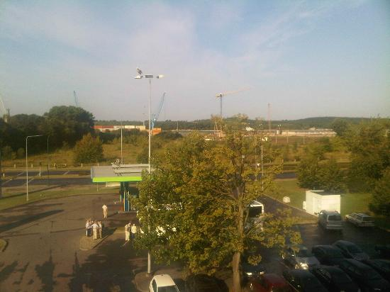 Green Park Hotel Klaipeda: View from the room over the curonian split (maybe you can spot the stork on the lamp)