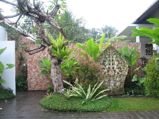 Bayad Ubud Bali Villa: Entrance to villa complex