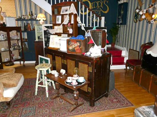 Ornaments Furniture For Sale Picture Of Biddy 39 S Tea
