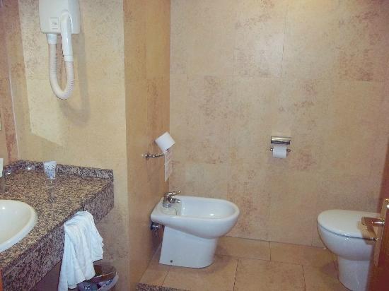 Hotel Las Palmeras: Clean rooms