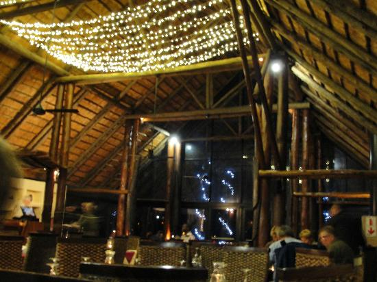 Zulu Nyala Game Lodge: Zulu Nyala Lodge Restaurant, my favorite place.