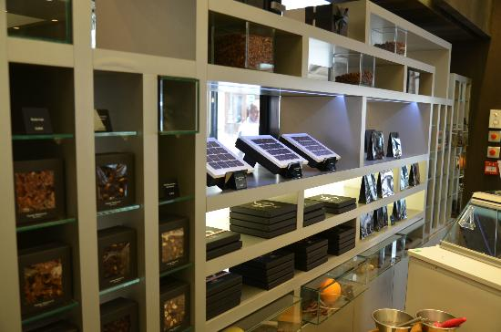 Tours For Foodies : in the shop