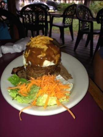 Backfin Blue Cafe : meat loaf sandwich $8.95