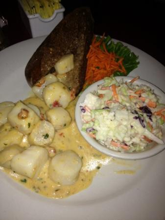 Backfin Blue Cafe : Scallops with a side of coleslaw. $19