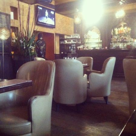 Pub Saint Germain: una delle tante sale del locale