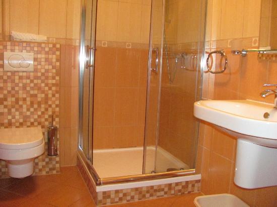 Kamenec Restaurace a Penzion: Bathroom