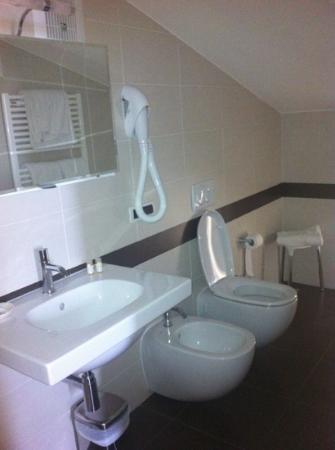 Hotel Rosignano: bagno