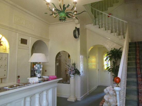 Hotel Le Magnolia : Hotel Reception area