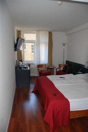 Sorell Hotel Seidenhof: Room 