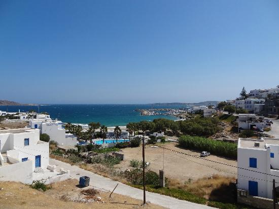 Alexandros Studio Apartments: View of beach from balcony