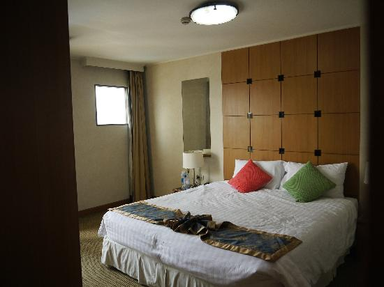 Astera Sathorn : Bedroom area