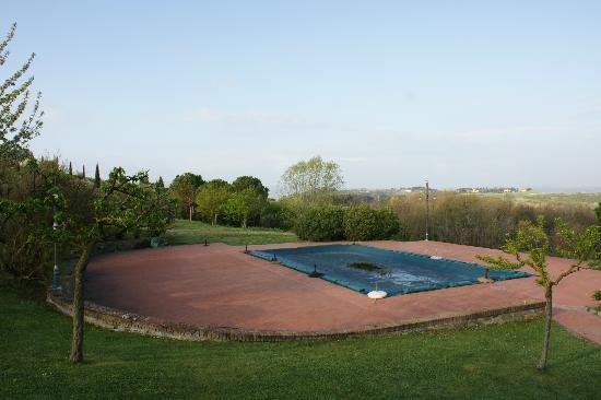 Locanda Le Boscarecce: Pool