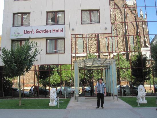 Lion's Garden Hotel, Budapest