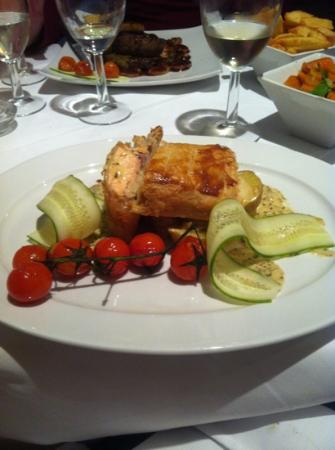 The Rendezvous Bar & Restaurant: Salmon En Croute
