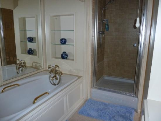 Wilsham Farm : Our bathroom
