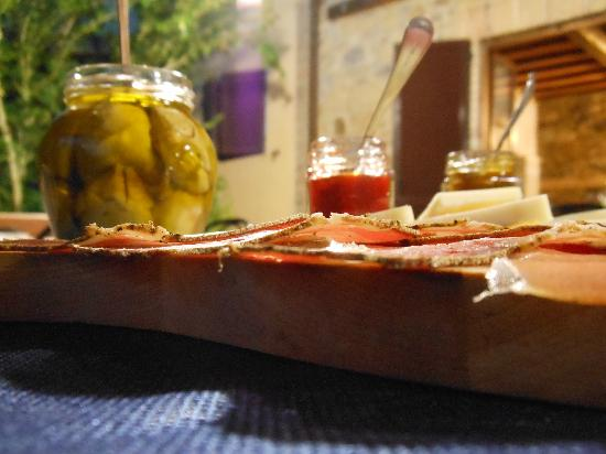 Agriturismo Sant'Anna : il tagliere dei salumi