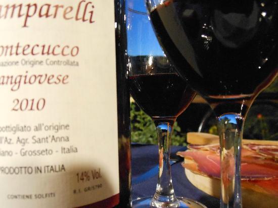 Agriturismo Sant'Anna: il vino rosso