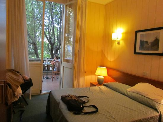 فندق فيلا دل روز: balconeando con un mate 