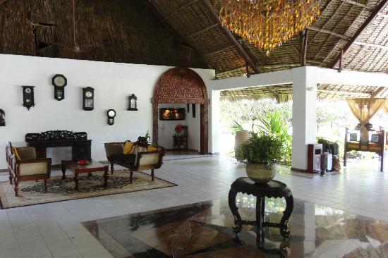 Karafuu Beach Resort and Spa: Hall