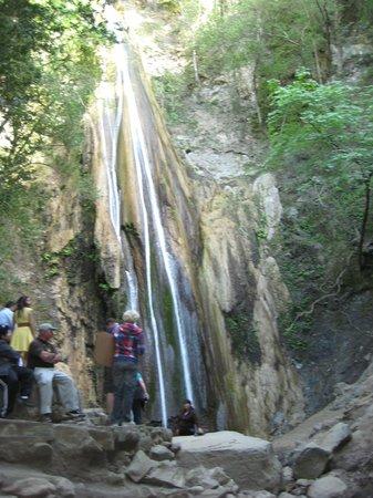 Nojoqui Falls Park : At the falls