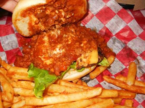 Danna's BBQ & Burger Shop: Chili Burger