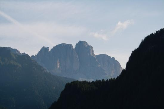 Garni Val de Grepa: Le Dolomiti viste dal balcone