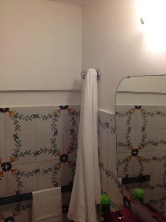Vittoria: Keine Hängmöglichkeiten für Handtüscher, also musste die Wasserhähne herhalten