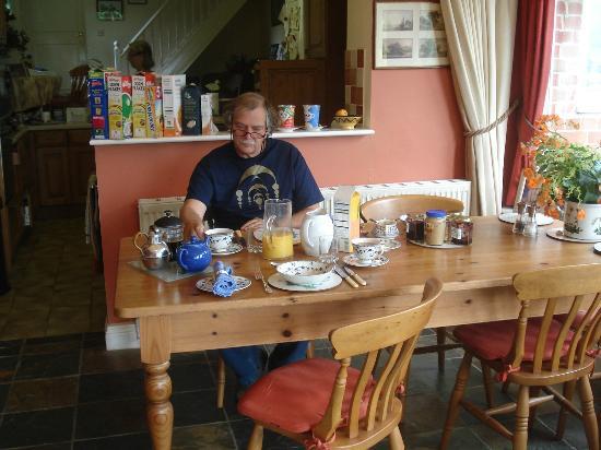 Scotland Lodge Farm: Enjoying the well prepared English breakfast