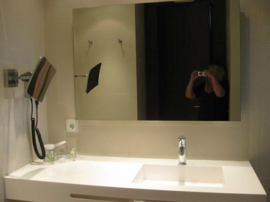 Carris Marineda: Baño con secador