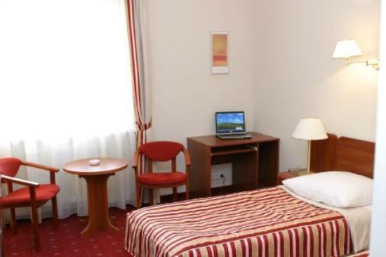 Hotel Twins II: dbl room