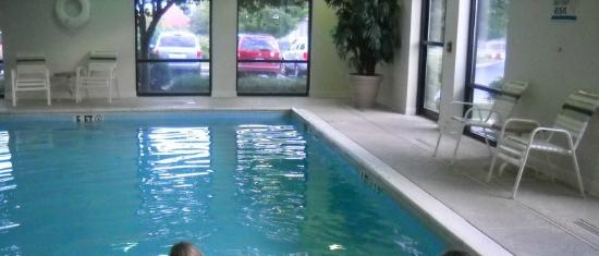Sleep Inn Carlisle: Indoor pool