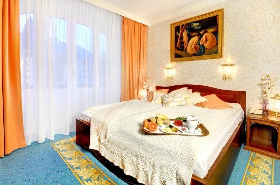 グランドホテル スタリースモコヴェッツ