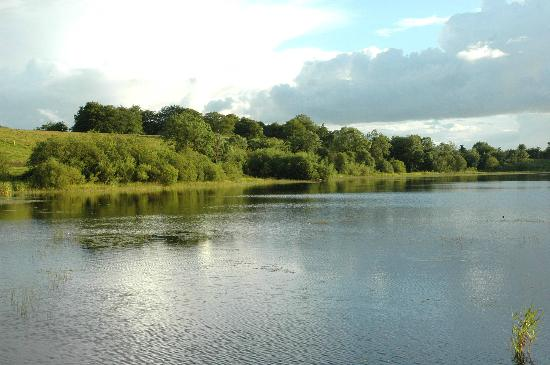 Fermanagh Self Catering: lake