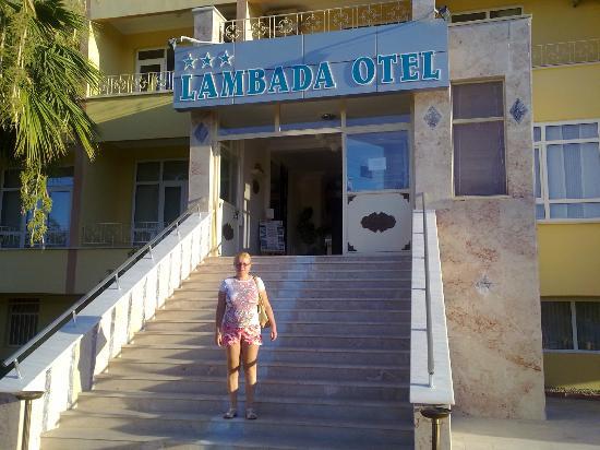 Lambada Hotel : entry