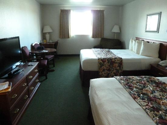 BEST WESTERN Newberry Station: 2 queen room
