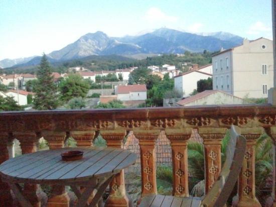 Maison 225: Vue du balcon coté jardin sur Canigou
