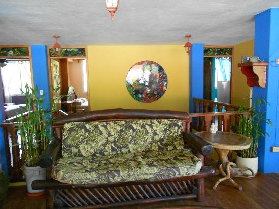 Hotel Residencial El Valle: 3rd Floor Lounge Area