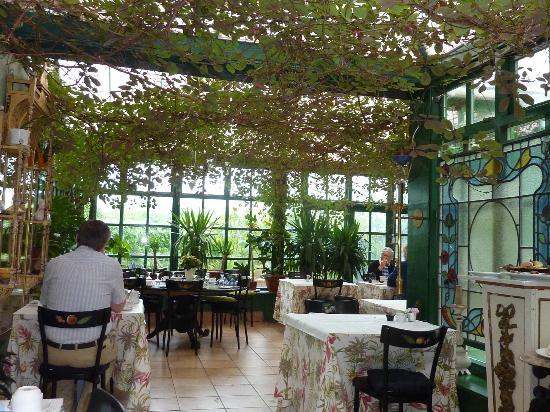 The Quay House : veranda petit dej