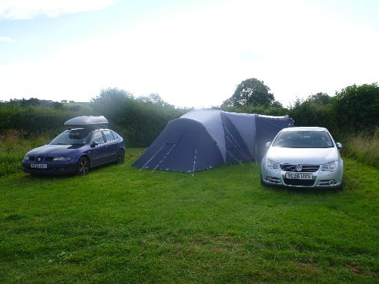 Wookey Farm: Generous camping pitches