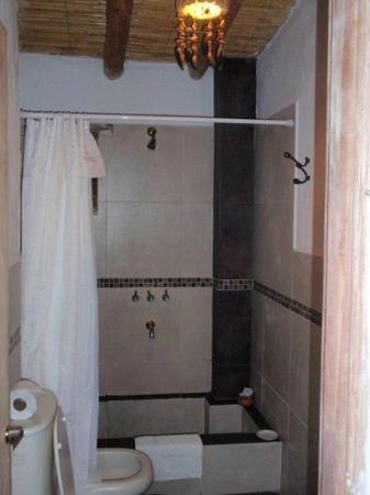 Antigua Tilcara B&B: Baño Suite