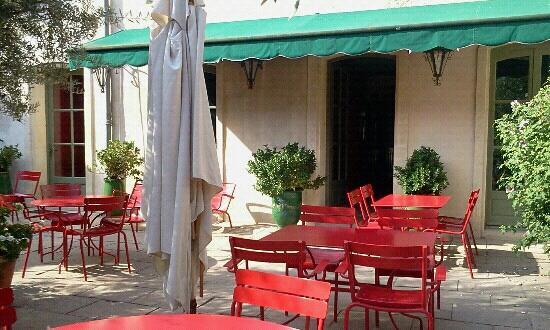 Hotel Les Templiers : cour interieure