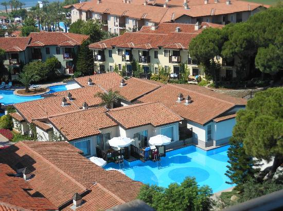 Paloma Grida Resort & Spa : Lake village