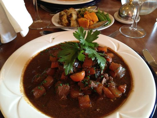 Grant Arms Hotel: Local Venison in a Red Wine Jus